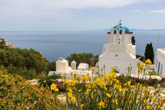L'église de Panagia Poulati sur l'île de Sifnos, Cyclades