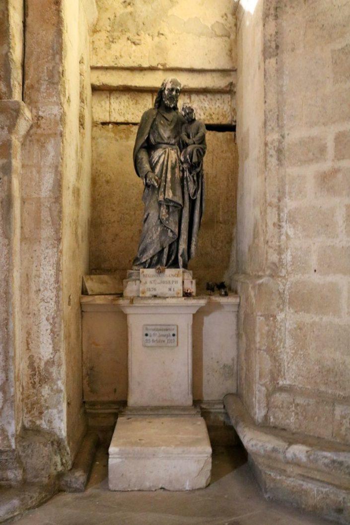 Saint Joseph et l'Enfant Jesis dans la basilique Saint-Eutrope de Saintes